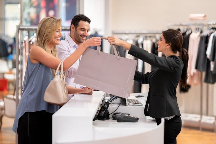 Trải nghiệm tại cửa hàng truyền thống sẽ là điểm chạm tạo nên sự khác biệt cho nhiều thương hiệu