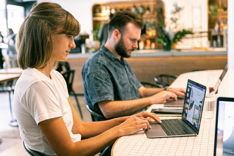 Đối tượng khách hàng và nội dung thông điệp quyết định thời điểm gửi email