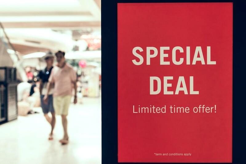 Hãy giới hạn thời gian cho chương trình khuyến mãi để thúc đẩy khách hàng tìm tới cửa hàng sớm nhất