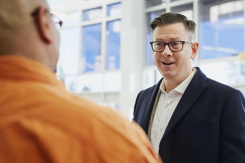 Lắng nghe và kết nối với nhân viên giúp quản lý và điều hành nhân sự hiệu quả hơn