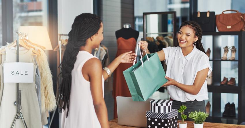 Để tiếp cận nhóm khách hàng đến xem trưng bày, hãy đưa đến họ những chương trình khuyến mãi chỉ có khi mua tại cửa hàng