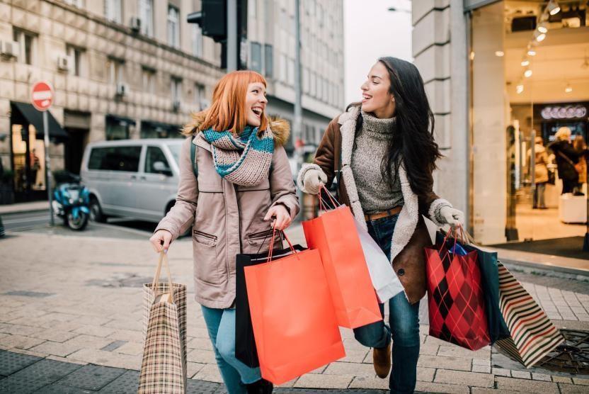 FOMO tạo động lực cho người tiêu dùng mua sắm nhiều hơn