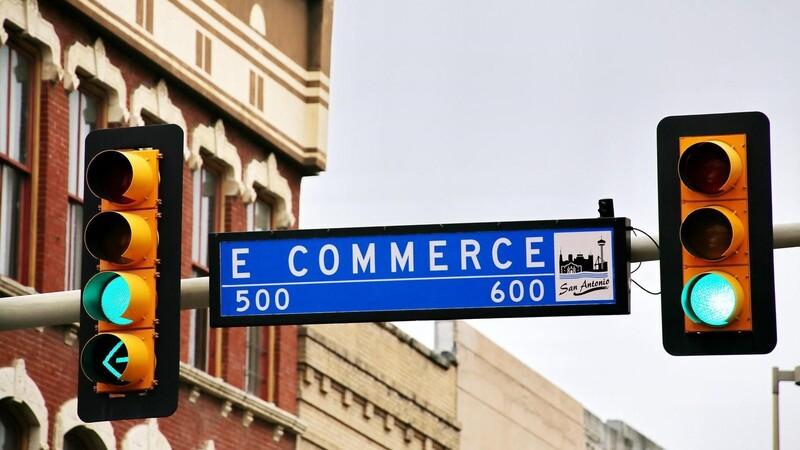 Thương mại điện tử có sức ảnh hưởng to lớn đến ngành bán lẻ